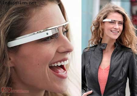 谷歌推出智能眼镜 可导航拍照上网聊天